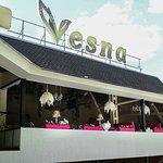 صورة فوتوغرافية لـ Vesna