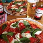 Photo de La Bottega Della Pizza