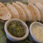 Cuatro Restaurant의 사진