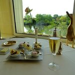 Beautiful setting with our rose, duck, and the Loire.