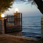 Havet lige uden for porten