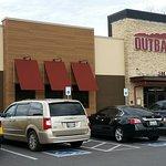 صورة فوتوغرافية لـ Outback Steak House