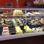 Foto de La Dolce Vita Courthouse Bakery