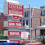 Central Family Restaurant Foto