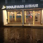 Boulevard Avenue dine in