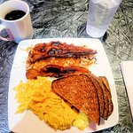 excellent scrambled eggs breakfast