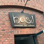 Foto de Basil Restaurant