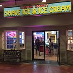 open till 9pm for shave ice and coconut glens vegan ice cream and roselani ice cream
