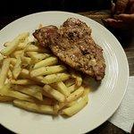 Buenisimo todo sobretodo la hamburguesa francesa ultra super recomendable