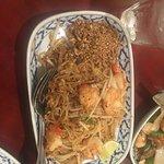 Supatra's Thai Cuisine resmi
