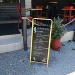 Photo de Madalaki Cafe