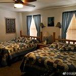 Desert Hills Bed and Breakfast 사진