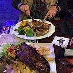 Bojangles Saloon & Restaurant resmi