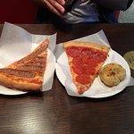 Bilde fra Sal's Authentic New York Pizza
