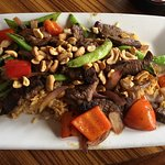 Ling and Louie's Asian Bar & Grill의 사진