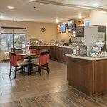 24 x 7 Refreshing Lemon Water & Coffee Station