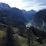 صورة فوتوغرافية لـ Lauterbrunnen Valley Waterfalls