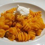 Macaroni with datterino tomatos cream, lemon zest and goat cheese