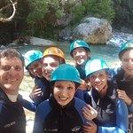 Enterrement de vie de jeune fille en canyoning dans les Gorges du Loup: du fun et des sensations