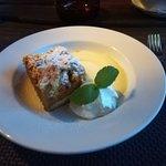 Foto de Cabana Vanatorilor Restaurant