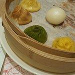 ภาพถ่ายของ Crystal Jade La Mian Xiao Long Bao