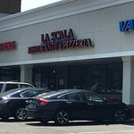LA Scala Restaurant & Pizzeria
