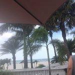 Foto de Bongos Beachside Bistro