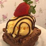 O melhor brownie com nutella e sorvete !