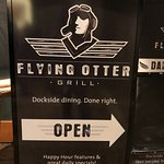 The Flying Otter Grill resmi