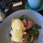 Eggs Hollandaise with Ham
