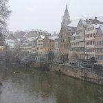 Altstadt von der Neckarbrücke aus im Winter