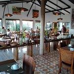 Taha Tai Hotel Picture