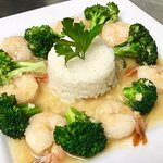 Honey Garlic Shrimp. Sauteed shrimp in our signature honey garlic sauce with broccoli and rice.