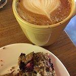 Café Latté, Cranberry muffin