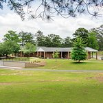 Macon Memorial Park Funeral Home and Cemetery