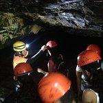 Saída da caverna que dá acesso a cachoeira do funil