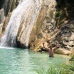 Polylimnio Waterfall resmi