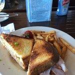 Фотография Gar Woods Grill & Pier Restaurant