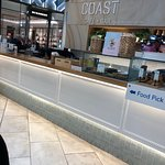 Photo de Coast Cafe + Bar