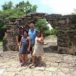 The family enjoying the San Gervasio Mayan ruins tour.
