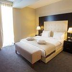 Guest room (324724529)