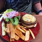 Foto de Linn's Fruit Bin Restaurant