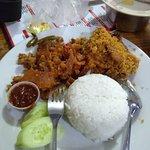 Photo of Rumah Makan Ayam Goreng Ardhita