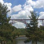 Viaduct Garabit über dem Tal der Truyère