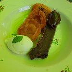 Abricots rôtis au thym et fondant au chocolat