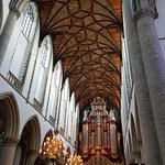 Photo de Sint-Bavokerk (Church of St. Bavo)