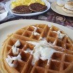 صورة فوتوغرافية لـ Friendly Toast Cafe 2