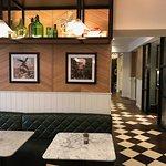 Hotel Indigo London Kensington Photo