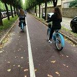 Photo de Blue Fox Travel - Blue Bike Tours