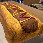 Yes, it's a hot dog shaped cake !!!
